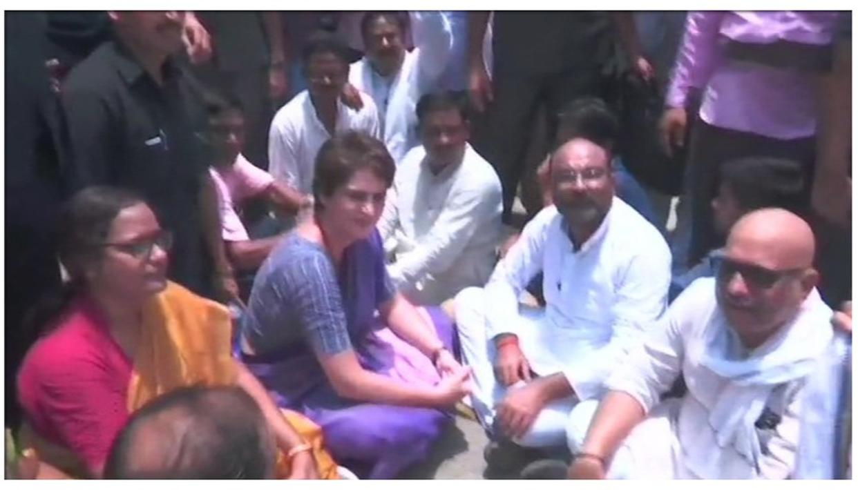 WATCH: PRIYANKA GANDHI VADRA STAGES DHARNA IN UP'S NARAYANPUR AFTER BEING STOPPED ON HER WAY TO SONBHADRA TO MEET FAMILIES OF SHOOTOUT VICTIMS