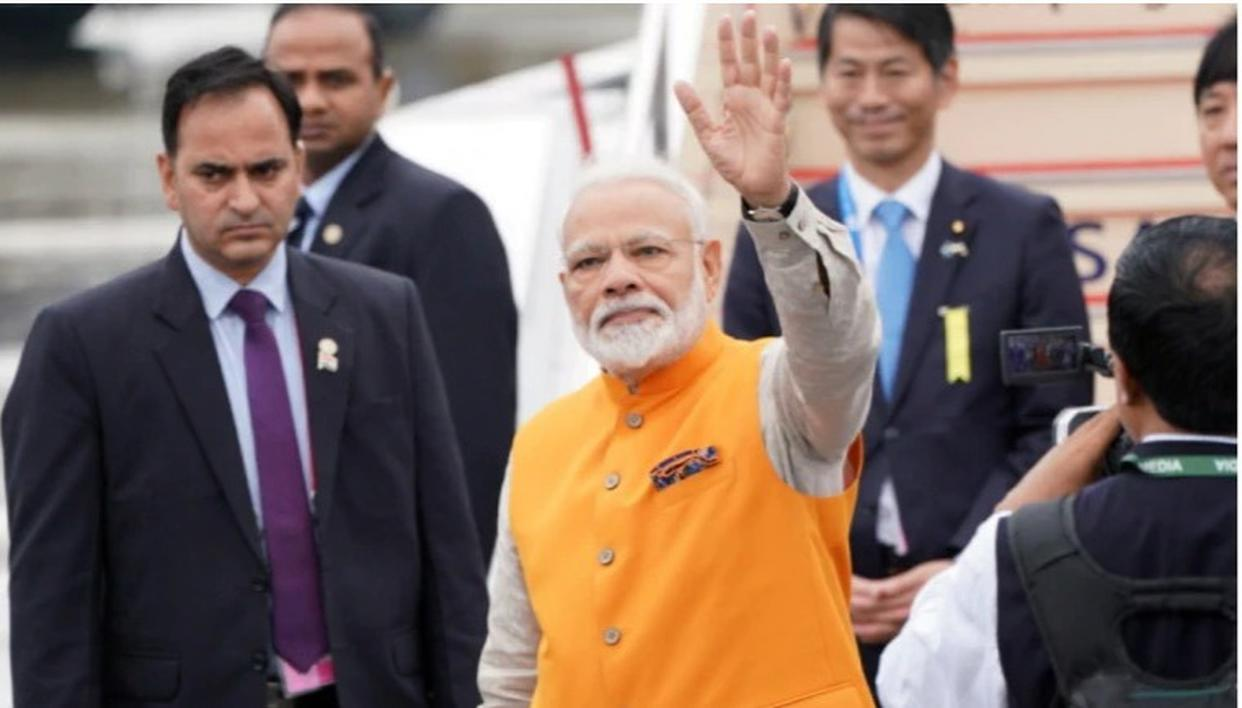 IFS OFFICER VIVEK KUMAR APPOINTED PRIVATE SECRETARY TO PM MODI
