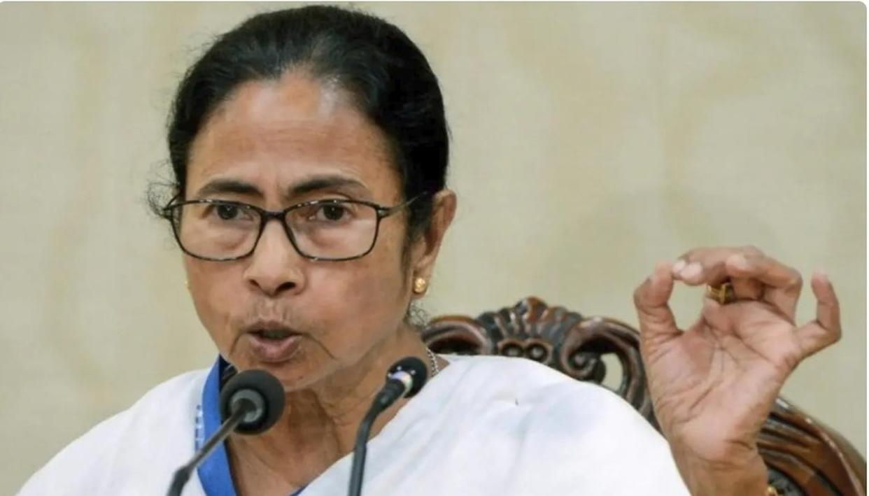 MAMATA FLAYS BJP FOR TAX NOTICE TO APEX BODY OF DURGA PUJA ORGANISERS