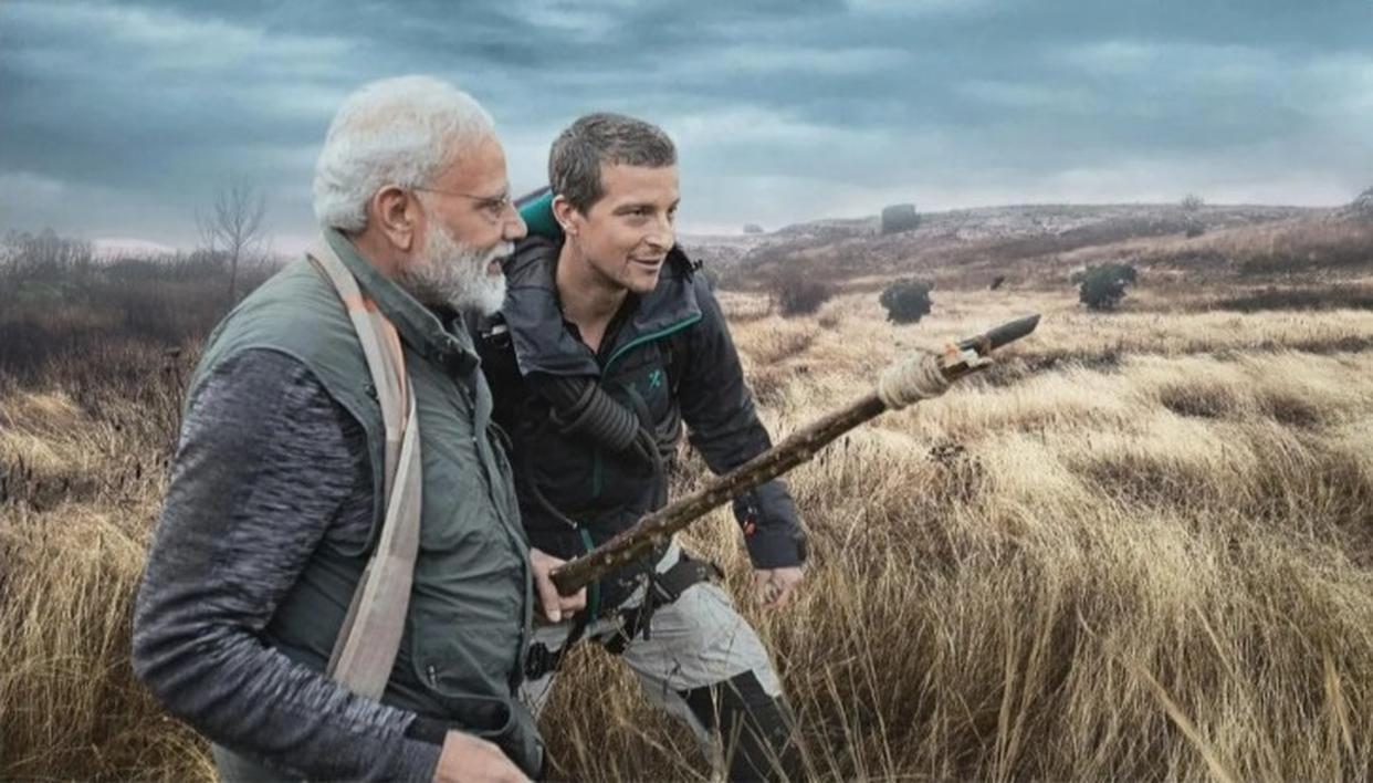 'मैन वर्सेज वाइल्ड' में बेयर ग्रिल्स को तकनीक ने हिंदी समझने में मदद की : PM मोदी