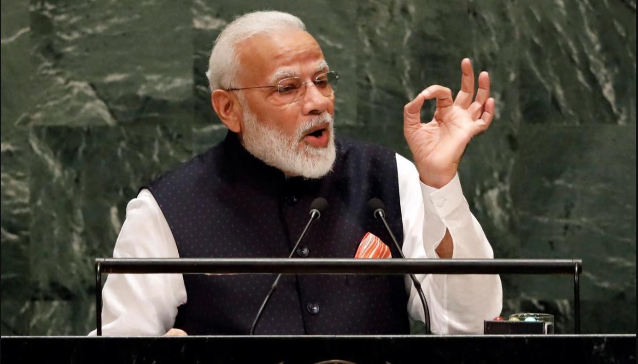 महात्मा गांधी का सत्य एवं अहिंसा का संदेश आज भी प्रासंगिक : PM मोदी