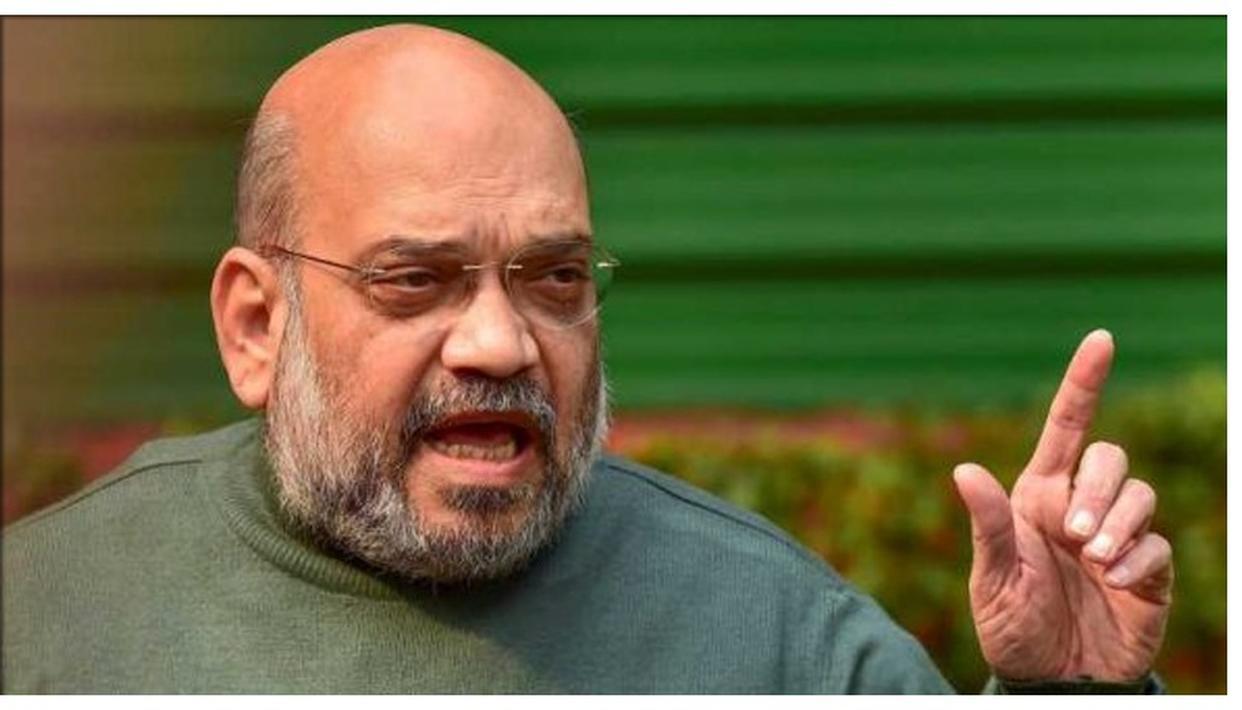 """महाराष्ट्र में बोले अमित शाह: """"कांग्रेस, NCP अपने परिवार के लिए और हम देश के लिए काम करते हैं"""""""