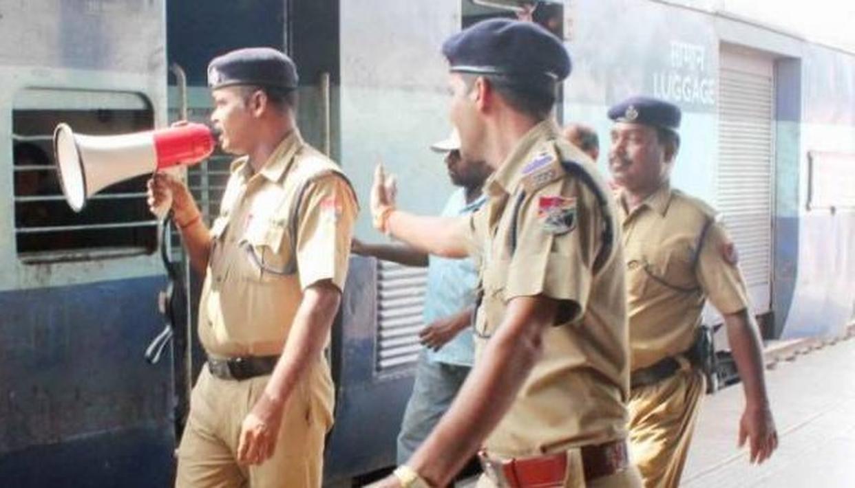 अयोध्या फैसला : आरपीएफ ने परामर्श जारी किया, 80 प्रमुख स्टेशनों पर सुरक्षा बढ़ाई