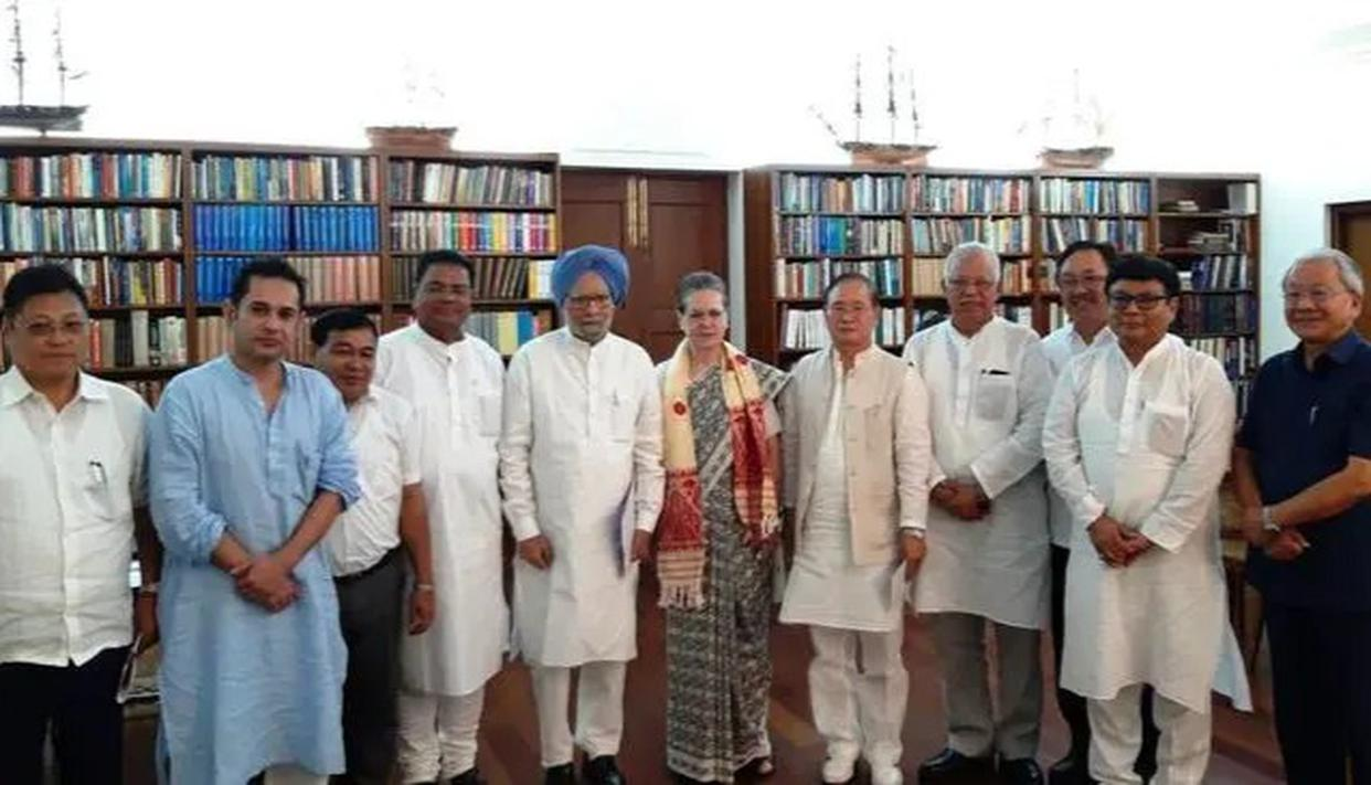 SONIA GANDHI MEETS LEADERS FROM NE