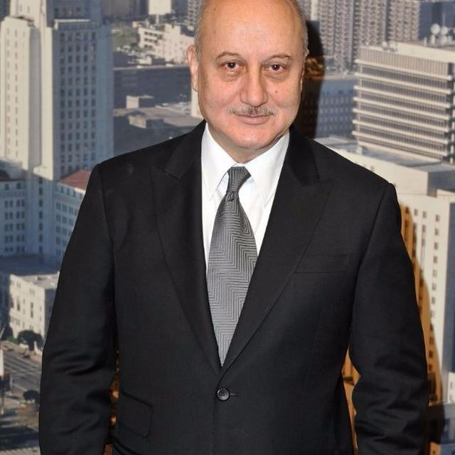 Anupam Kher takes charge at FTII