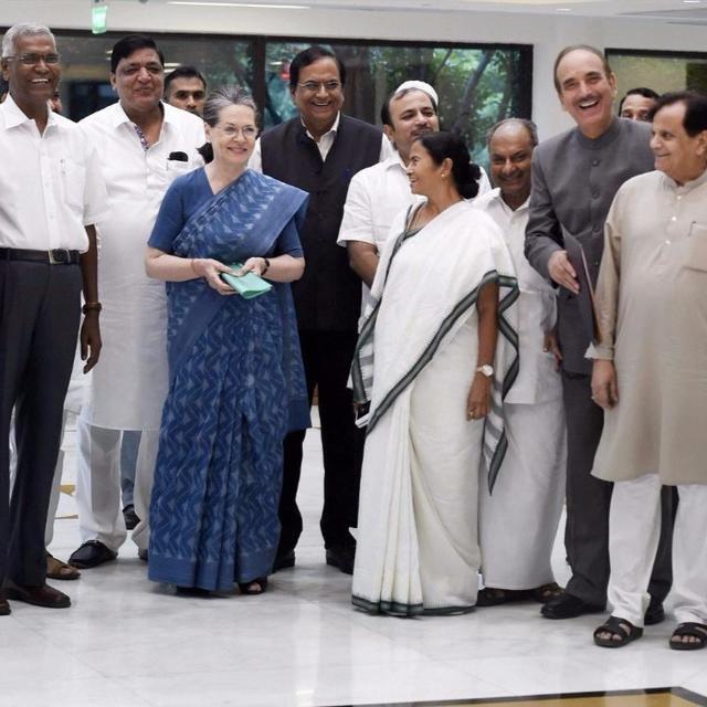 Sonia Gandhi stitching together #AntiModiFront?
