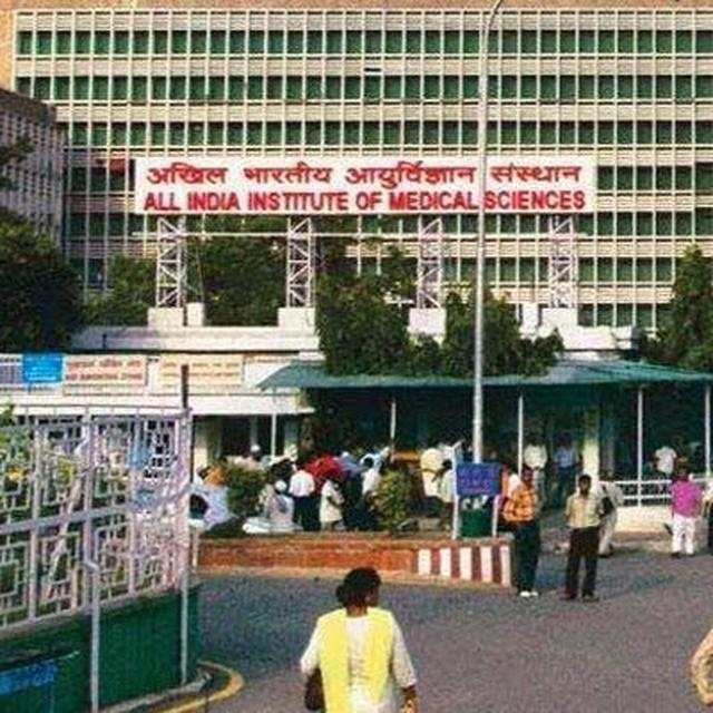 Protest By AIIMS Resident Doctors Enters 3rd Day