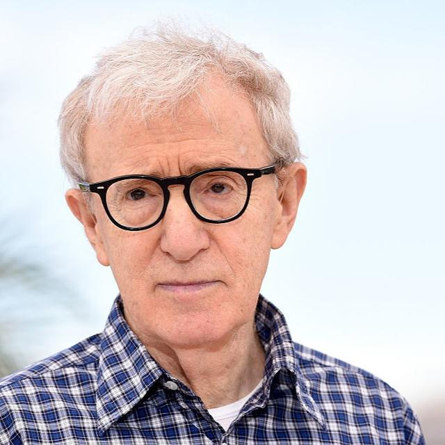 DISTANCING FROM WOODY ALLEN