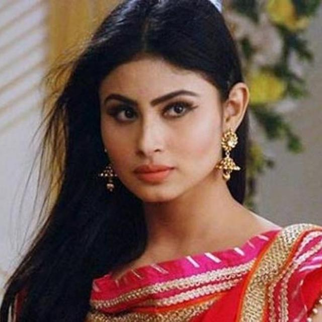 MOUNI ROY TO BE PART OF 'DABANGG 3'?