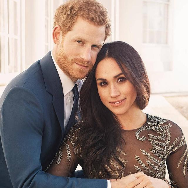 MARKLE'S MOM TO WALK HER DOWN THE AISLE?