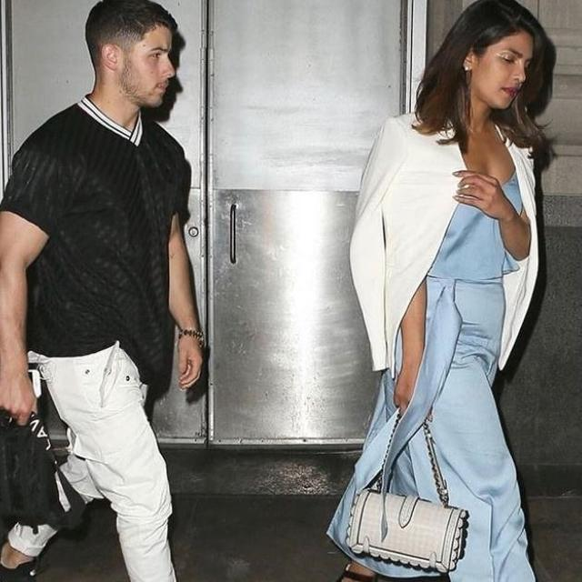 PRIYANKA AND NICK SPOTTED AGAIN!