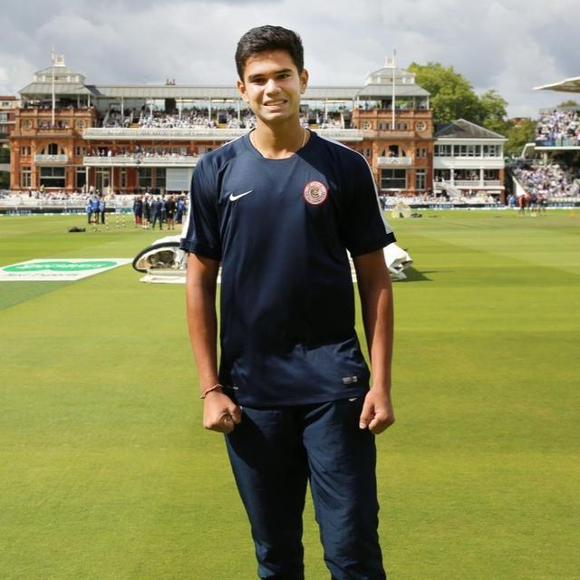 ARJUN COMES TO THE RESCUE OF LORD'S GROUND STAFF