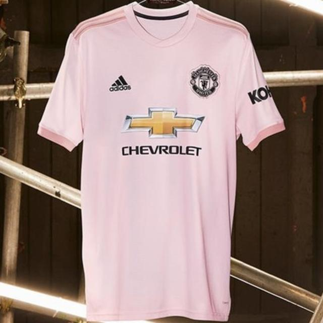 MAN UNITED TO WEAR PINK KITS IN TRIBUTE TO LOCAL NEWSPAPERS