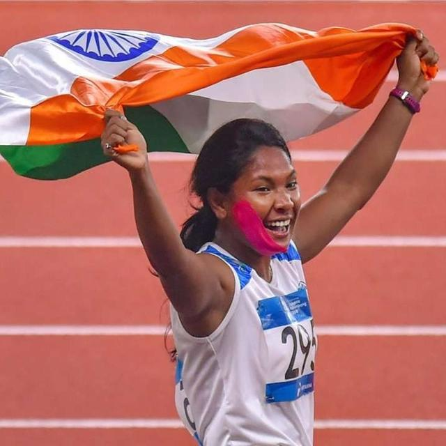 SWAPNA, ATHLETE WITH 12 TOES, WINS GOLD