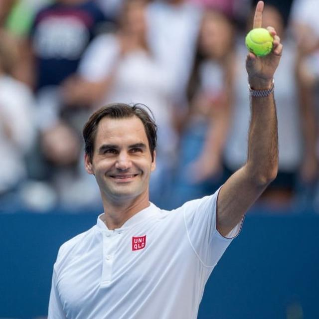 WATCH: ROGER FEDERER PRODUCES MOMENT OF GENIUS