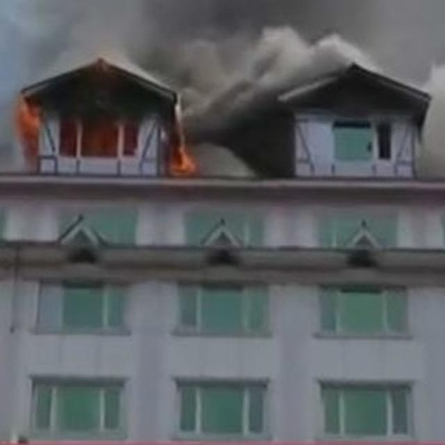 FIRE IN PAMPOSH HOTEL. LIVE UPDATES HERE