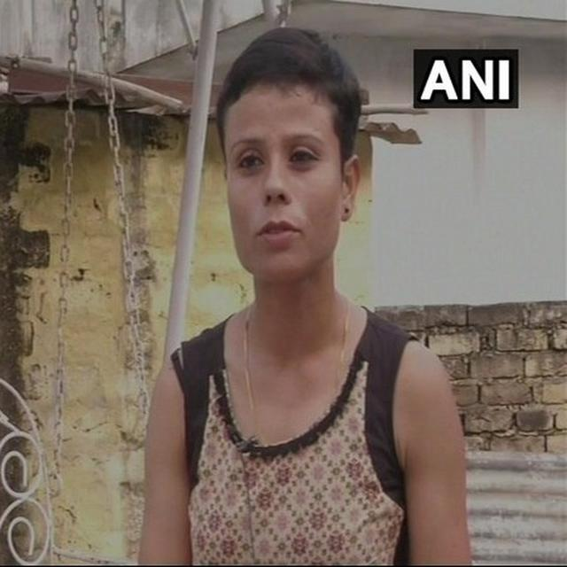 J-K: MARTYRED SOLDIER'S WIFE JOINS INDIAN ARMY AS LIEUTENANT