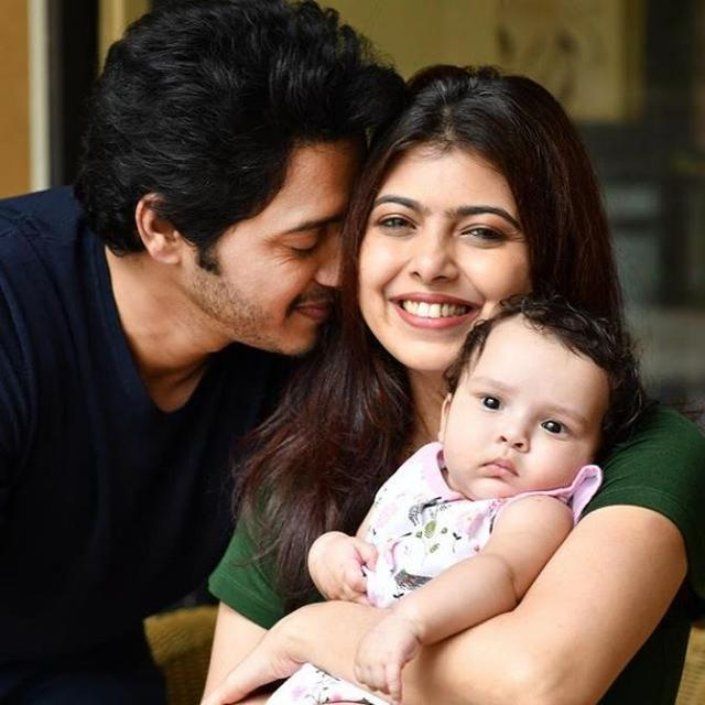 SHREYAS TALPADE SHARES PICS OF DAUGHTER AADYA