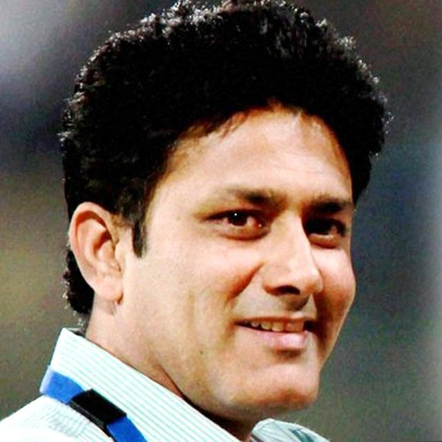 KUMBLE'S AMAZING GESTURE FOR HIS FAN