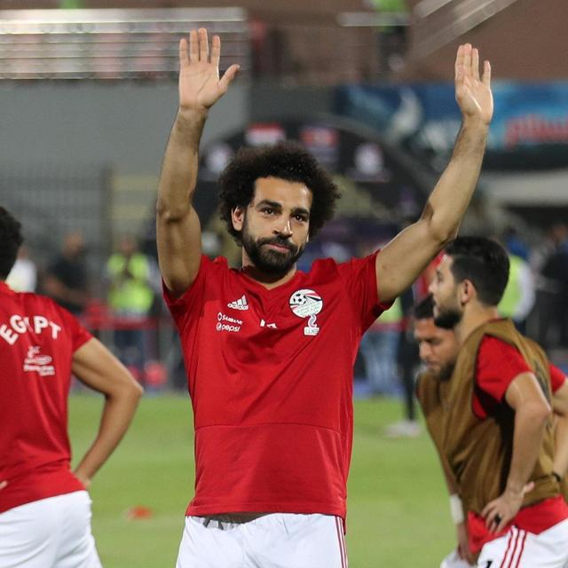 WATCH: MO SALAH SCORES DIRECTLY FROM CORNER FLAG
