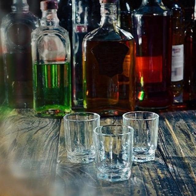 MAHARASHTRA TO ALLOW ONLINE SALE, HOME DELIVERY OF LIQUOR