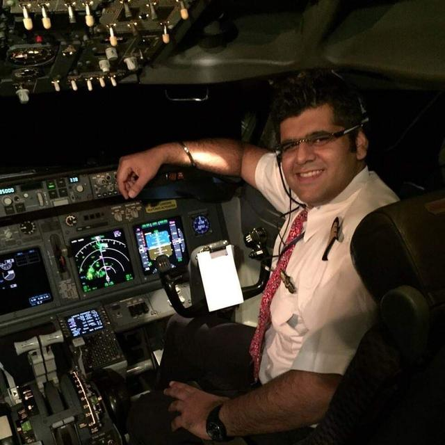 INDIAN PILOT CAPTAINED LION AIR WHICH CRASHED INTO THE SEA