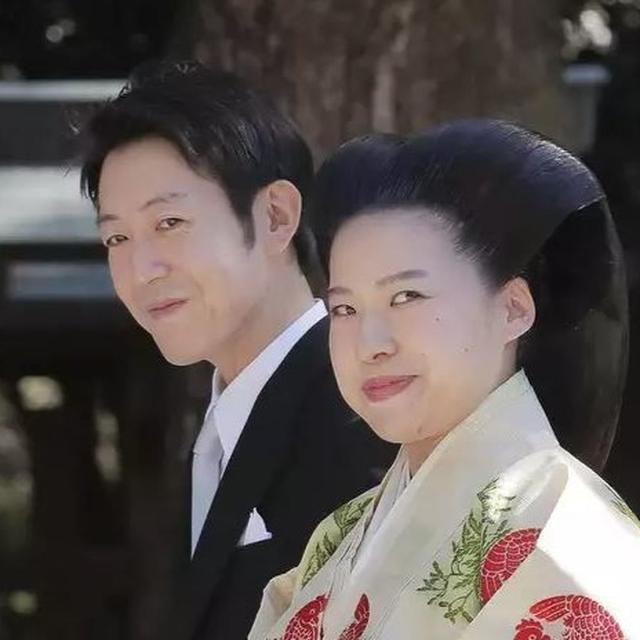 JAPANESE PRINCESS AYAKO GIVES UP ROYAL STATUS FOR LOVE, MARRIES COMMONER