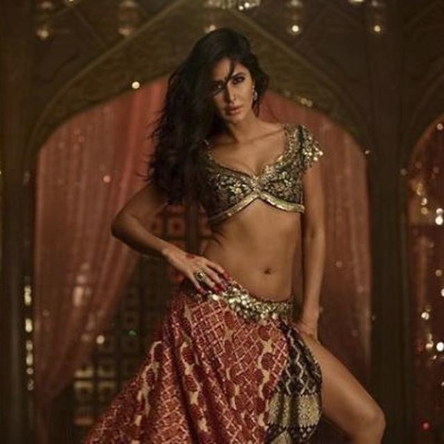 WATCH: KATRINA KAIF SHARES ONE OF HER BIGGEST CHALLENGES WHILE SHOOTING THE SURAIYYA SONG FROM THUGS OF HINDOSTAN
