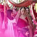 THIS LATEST PICTURE OF DEEPIKA PADUKONE FROM HER VARMALA CEREMONY PROVES THAT SHE'S NOTHING LESS THAN A QUEEN