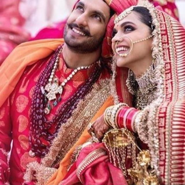 HERE'S WHAT GROOM RANVEER SINGH HAS TO SAY ABOUT HIS OWN WEDDING PICTURES