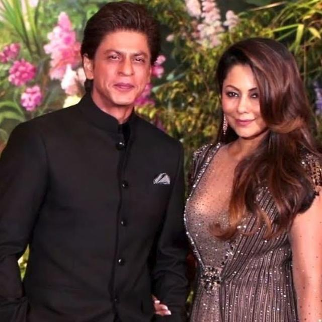 SHAH RUKH KHAN CALLS WIFE GAURI THEIR FAMILY'S 'FORTUNATE, MOST POWERFUL', HERE'S WHY