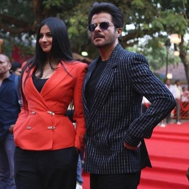ANIL KAPOOR SHARES STAGE WITH DAUGHTER RHEA KAPOOR AT THE 2018 INTERNATIONAL FILM FESTIVAL OF INDIA