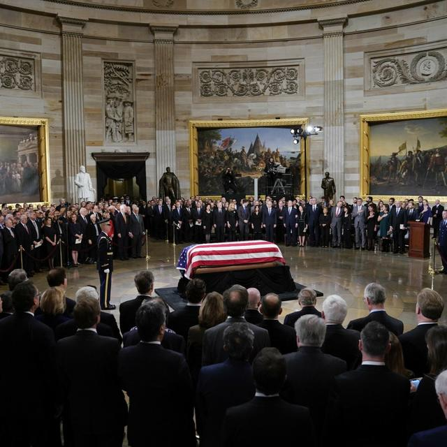 IN CAPITOL, GEORGE H W BUSH REMEMBERED AS 'GREAT MAN' AND ' GENTLE SOUL'