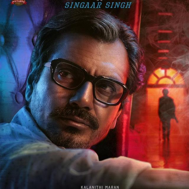 'WELCOME TO KOLLYWOOD SIR', EXCLAIM NETIZENS AS NAWAZUDDIN SIDDIQUI SHARES HIS FIRST LOOK IN RAJINIKANTH'S 'PETTA'