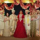 PRIYANKA CHOPRA SHARES AN UNSEEN FAMILY PORTRAIT, EMBRACES BEING THE NEW 'JONAS' IN THE FAMILY