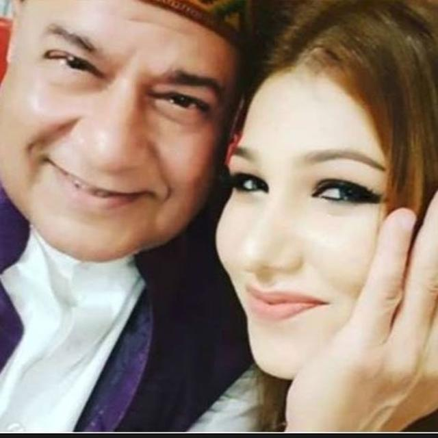 'BIGG BOSS' 12 CONTESTANT JASLEEN MATHARU ON DATING ANUP JALOTA, 'IT WAS A PRANK THAT WENT HORRIBLY WRONG'