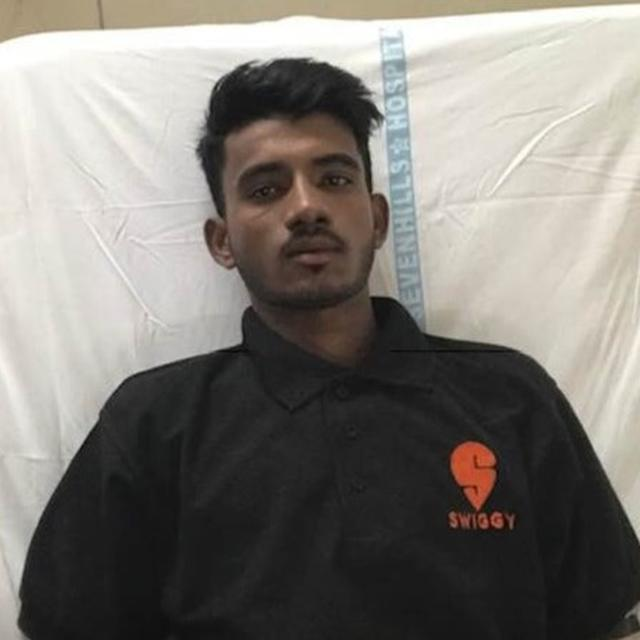 Swiggy delivery boy saves 10 lives in Mumbai's Kamgar Hospital