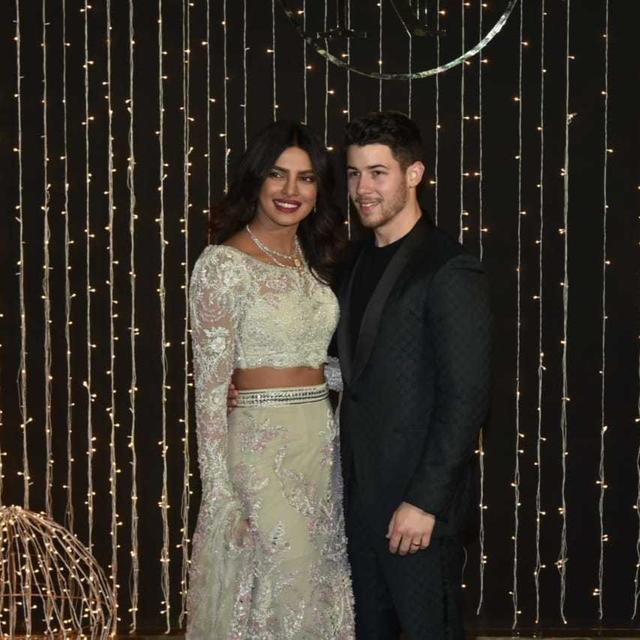 FIRST PICS: PRIYANKA-NICK MAKE A DAZZLING APPEARANCE AT THEIR WEDDING RECEPTION IN MUMBAI