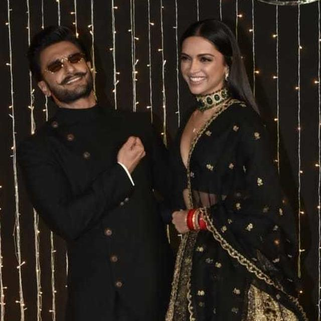 VIRAL: RANVEER SINGH JUST CAN'T DEAL WITH HOW GOOD DEEPIKA PADUKONE LOOKED AT THE PRIYANKA-NICK RECEPTION