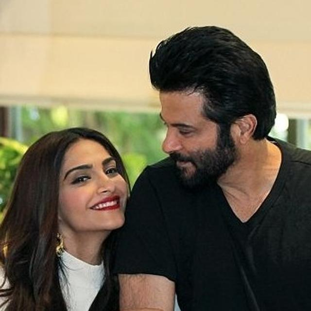 SONAM KAPOOR REVEALS SHE WAS SKEPTICAL ABOUT WORKING WITH FATHER ANIL KAPOOR IN 'EK LADKI KO DEKHA TOH AISA LAGA', HERE'S WHY