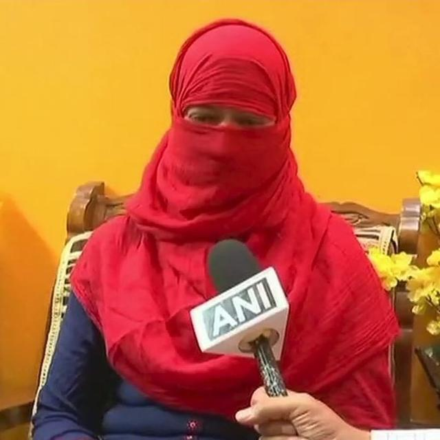 FIRST INSTANCE OF TRIPLE TALAQ SURFACES IN BENGALURU AFTER PASSING OF BILL IN LOK SABHA; UNION MINISTER MANEKA GANDHI ENSURES JUSTICE