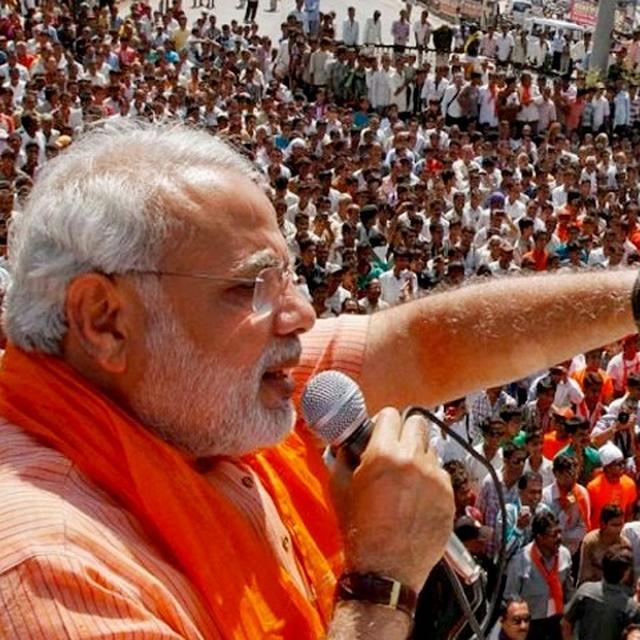 ''गड्ढे में पड़ी'' 12 लाख करोड़ रुपए की परियोजनाओं को किया गया लागू: PM मोदी