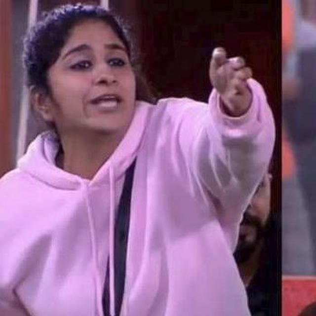 NOBODY HAS TO TEACH ME WHAT TO DO AND WHAT NOT TO DO: 'BIGG BOSS' FAME SURBHI RANA SLAMS SREESANTH'S COMMENT ABOUT HER BEHAVIOUR