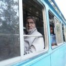 MUST SEE: AMITABH BACHCHAN IS HAVING A BLAST ON HIS RURAL SOJOURN, KHATIYA, BAIL-GAADI AND ALL