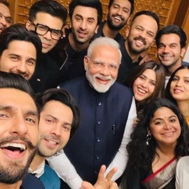 VIRAL: HINDI FILM INDUSTRY DELEGATION MEETS PRIME MINISTER NARENDRA MODI, SEE PICTURE HERE