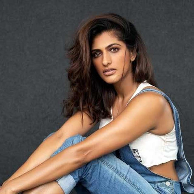 KUBBRA SAIT ON HER TRANSITION FROM ANCHORING TO ACTING: THIS CHANGE HAS BEEN WORKED UPON ONE DAY AT A TIME