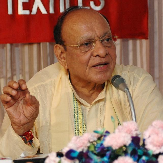 AFTER MONTHS OF HIATUS, SHANKERSINH VAGHELA TO JOIN HANDS WITH SHARAD PAWAR LED NCP?