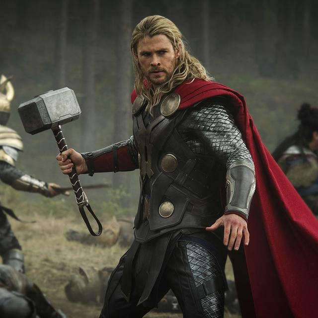 """'THOR FINALLY CAME OUT WITH HIS """"HOW TO BECOME AN AVENGER"""" WORKOUT PROGRAM!' SAY NETIZENS AS CHRIS HEMSWORTH LAUNCHES HIS FITNESS APP"""