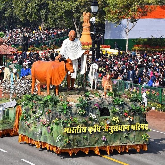 ICAR'S KISAN GANDHI' TABLEAU BAGS 1ST PRIZE AT REPUBLIC DAY PARADE