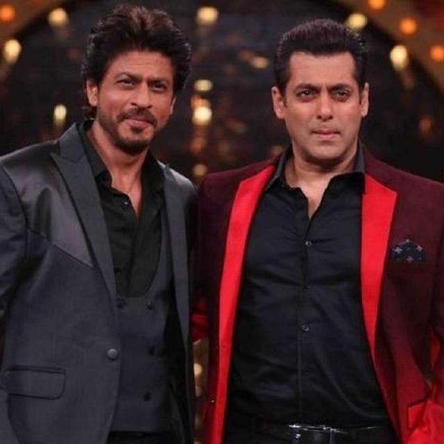 'THE FIRST PERSON WHO PRAISED MY WORK IN 'DDLJ' WAS MY FRIEND SALMAN KHAN': SHAH RUKH KHAN